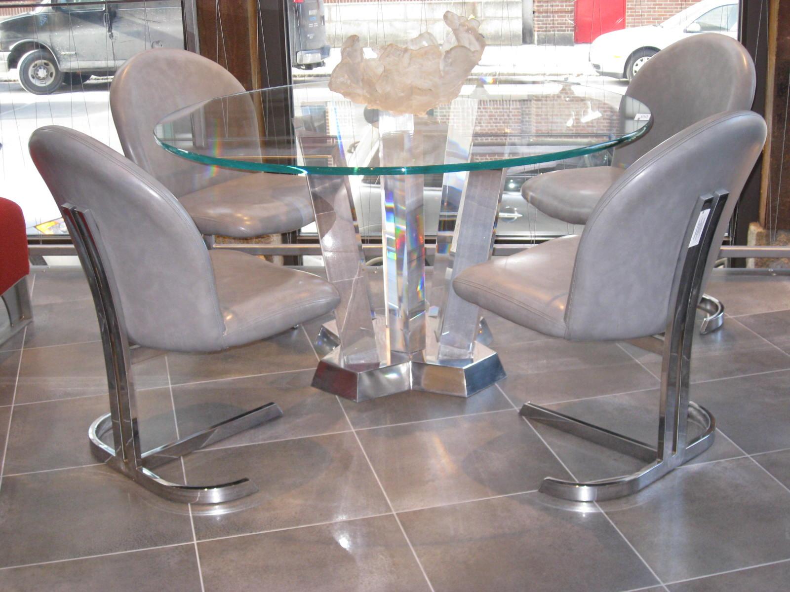 Milo Baughman - Mid 20th Century Modern Furniture Designer - D title=